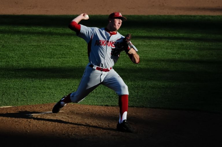 Zach-jackson-ncaa-baseball-college-world-series-arkansas-vs-miami-768x510