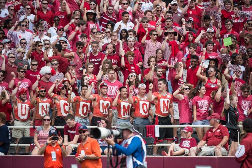 8783956-ncaa-football-texas-el-paso-arkansas