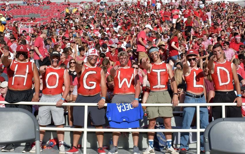 9546688-ncaa-football-texas-state-arkansas