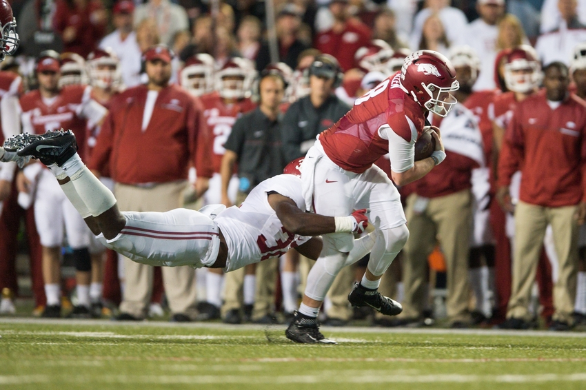 9597300-ncaa-football-alabama-arkansas