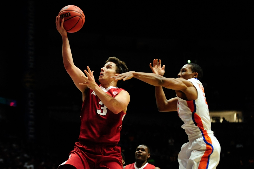 9173106-dusty-hannahs-ncaa-basketball-sec-tournament-arkansas-vs-florida