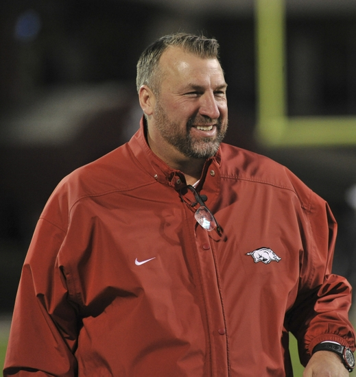 9690153-bret-bielema-ncaa-football-arkansas-mississippi-state