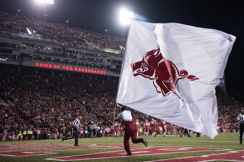 9681592-ncaa-football-louisiana-state-arkansas