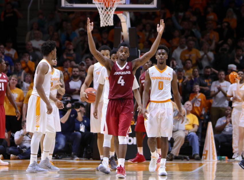 9787046-ncaa-basketball-arkansas-tennessee