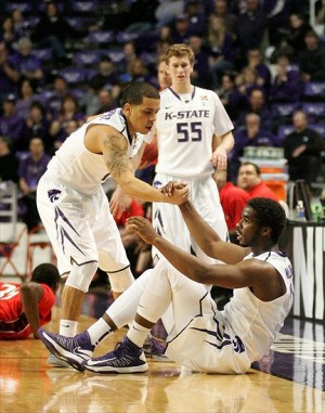 The Wildcats truly won as a team on Saturday. (Photo Credit: Scott Sewell-USA TODAY Sports)