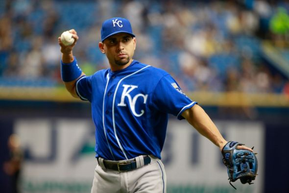 Omar-infante-mlb-kansas-city-royals-tampa-bay-rays-590x900