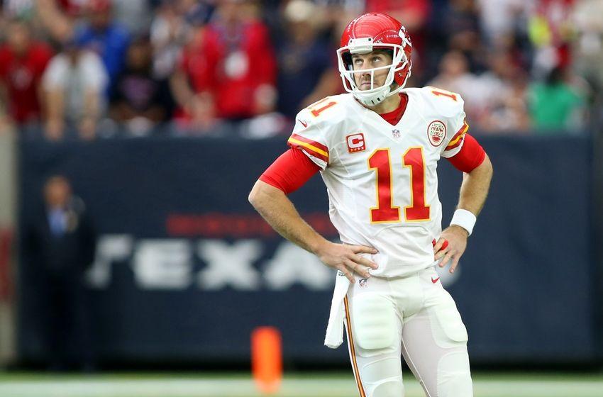 Kansas City Chiefs: Alex Smith Needs To Spread The Ball Around