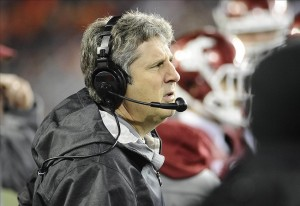 Oct 12, 2013; Pullman, WA, USA; Washington State Cougars head coach Mike Leach looks on against the Oregon State Beavers during the second half at Martin Stadium. The Beavers beat the Cougars 52-24. Mandatory Credit: James Snook-USA TODAY Sports