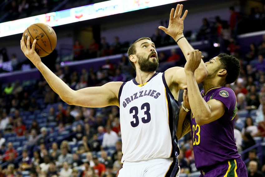 9091148-marc-gasol-anthony-davis-nba-memphis-grizzlies-new-orleans-pelicans