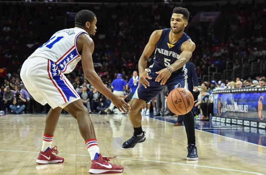 Nov 23, 2016; Philadelphia, PA, USA; Memphis Grizzlies guard Andrew Harrison (5) passes the ball during the second quarter of the game against the Philadelphia 76ers at the Wells Fargo Center. Mandatory Credit: John Geliebter-USA TODAY Sports