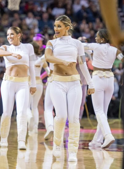 9717985-star-wars-nba-los-angeles-clippers-new-orleans-pelicans