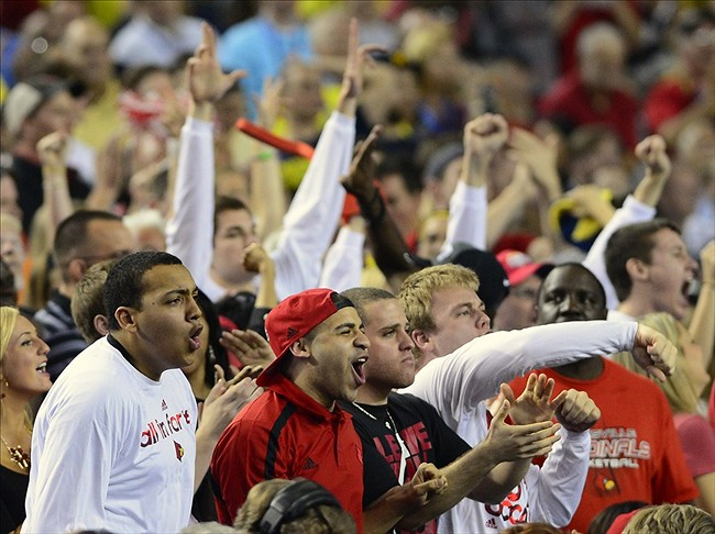 NCAA National Championship: Twitter Reaction to Louisville Cardinals