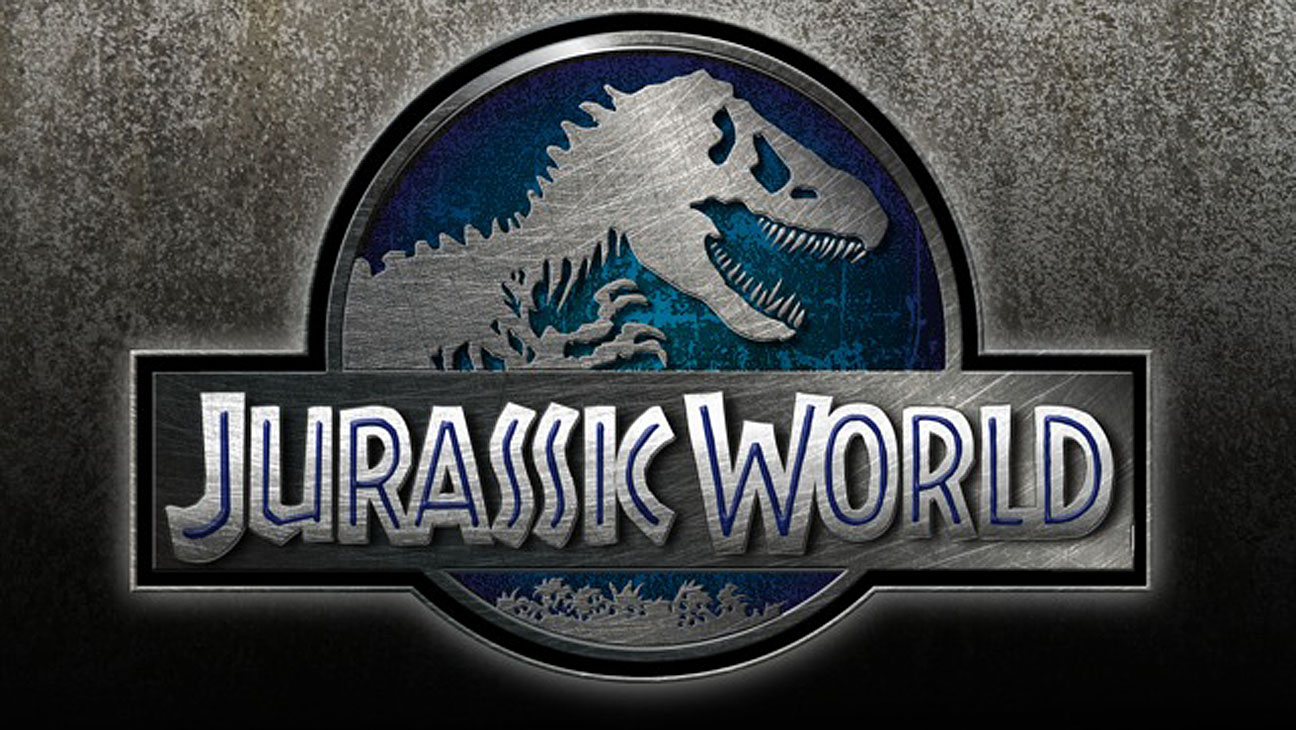 first jurassic world set photos leaked online photos. Black Bedroom Furniture Sets. Home Design Ideas