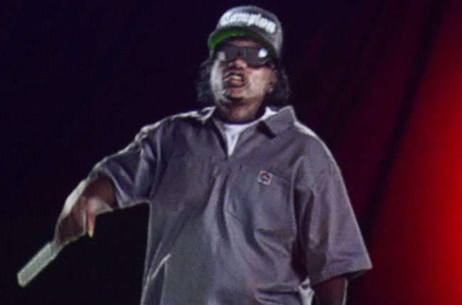 rockthebells_eazy_e_bb_650_flash