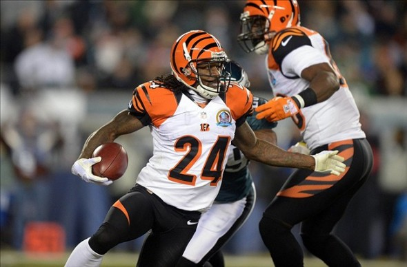 Dec 13, 2012; Philadelphia, PA, USA; Cincinnati Bengals cornerback Pacman Jones (24) carries the ball on a punt return against the Philadelphia Eagles at Lincoln Financial Field. Mandatory Credit: Kirby Lee/Image of Sport-USA TODAY Sports
