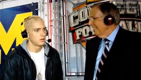 http://cdn.fansided.com/wp-content/blogs.dir/229/files/2013/11/eminem1-590x337.jpg