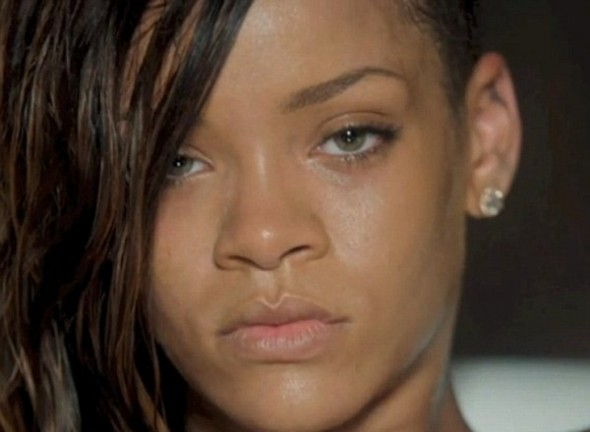 Rihanna-Stay-Music-Video