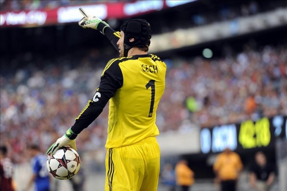Petr Cech could be replaced by Courtois at Chelsea