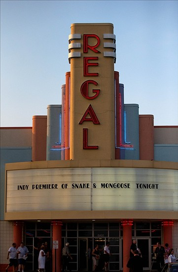 Regal Cinema Shiloh Crossing 18 is a business providing services in the field of Theatres - Movie. The business is located in Avon, Indiana, United States. Their telephone number is ()