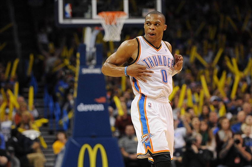 Russell Westbrook is already off crutches