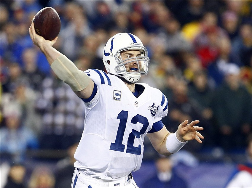 Andrew Luck throws amazing TD pass to LaVon Brazill, Colts ...