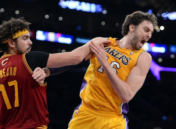 Jan 14, 2014; Los Angeles, CA, USA; Cleveland Cavaliers center Anderson Varejao (17) fouls Los Angeles Lakers center Pau Gasol (16) in the second half of the game at Staples Center. Cleveland Cavaliers won 120-118. Mandatory Credit: Jayne Kamin-Oncea-USA TODAY Sports