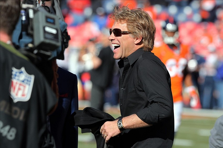 Afc Championship 2014 Bon Jovi Sits In Patriots Owners