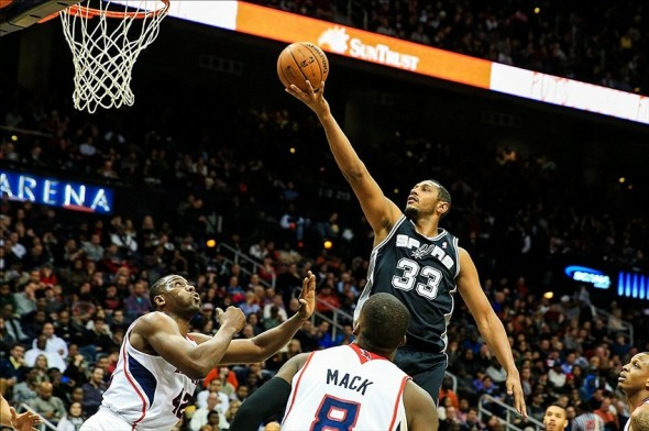 Jan 24, 2014; Atlanta, GA, USA; San Antonio Spurs power forward Boris Diaw (33) shoots a basket in the second half against the Atlanta Hawks at Philips Arena. The Spurs won 105-79. Mandatory Credit: Daniel Shirey-USA TODAY Sports