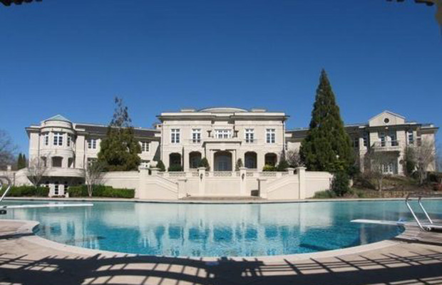 Rick Ross Buys Evander Holyfield S 109 Room Mansion Photo