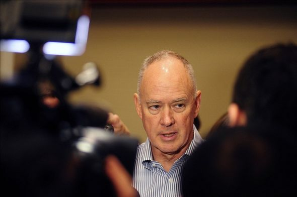 Dec 10, 2013; Orlando, FL, USA; New York Mets general manager Sandy Alderson talks with reporters during the MLB Winter Meetings at the Walt Disney World Swan and Dolphin Resort. Mandatory Credit: David Manning-USA TODAY Sports