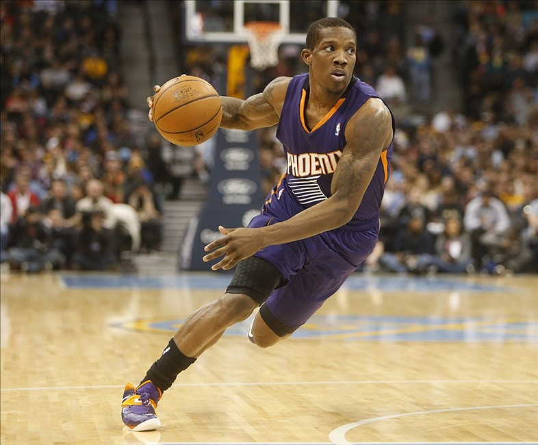 Suns' Eric Bledsoe Practices 1-on-1