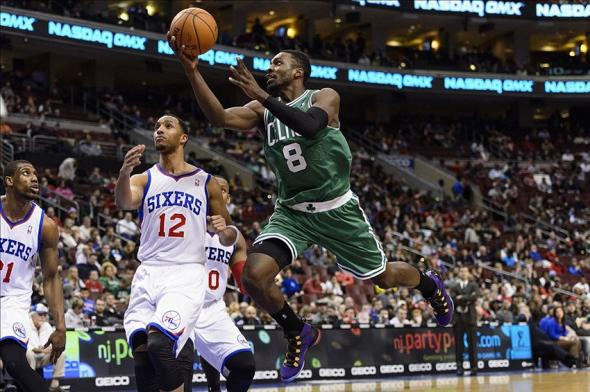 Feb 5, 2014; Philadelphia, PA, USA; Boston Celtics forward Jeff Green (8) shoots during the third quarter against the Philadelphia 76ers at the Wells Fargo Center. The Celtics defeated the Sixers 114-108. Mandatory Credit: Howard Smith-USA TODAY Sports