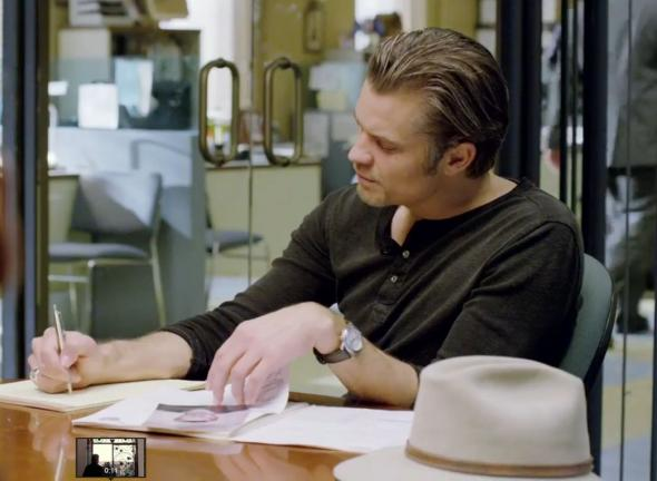 "Timothy Olyphant as Raylan Givens in Season 5 Episode 7 of ""Justified"" entitled ""Raw Deal."" Photo Credit: FX"
