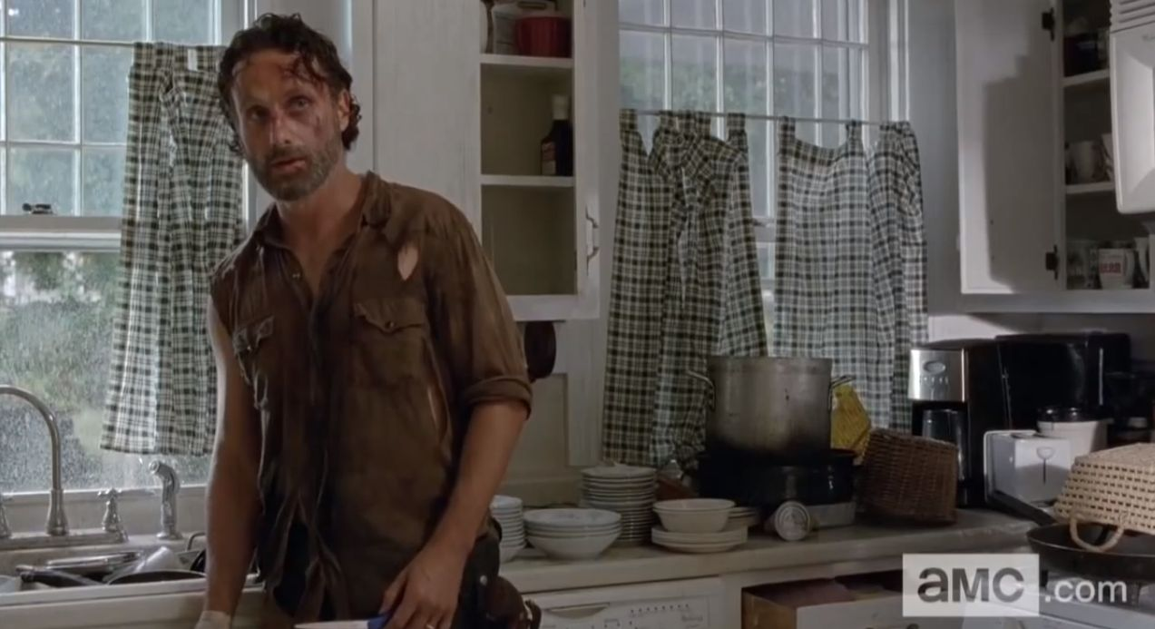 http://cdn.fansided.com/wp-content/blogs.dir/229/files/2014/02/The-Walking-Dead-4x11.jpg