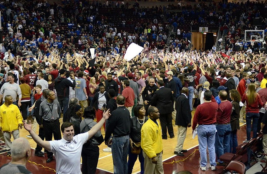 2013 Recruits Uk Basketball And Football Recruiting News: South Carolina Fined $25,000 For Storming The Court After