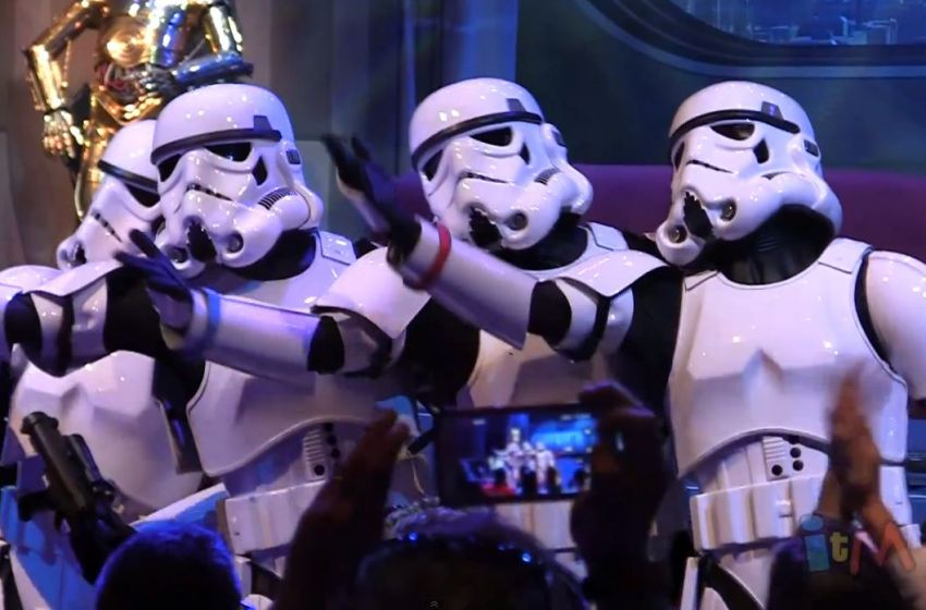 """The Stormtroopers Sing """"Let It Go"""" from Disey's """"Frozen"""" at the """"Stars ...: http://fansided.com/2014/05/21/stormtroopers-sing-let-go-star-wars-weekends-2014-video/"""
