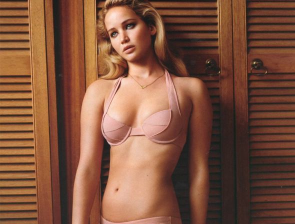 Jennifer Lawrence Of The Hunger Games And Fappening Fame Is Naked Again This Time It Was Intentional