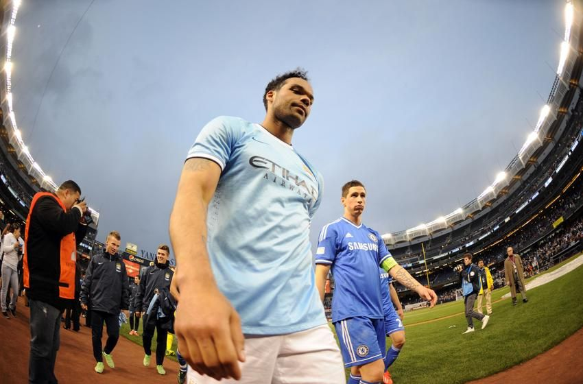 Manchester City Fc And Chelsea: Manchester City Fan Trolls Liverpool, Steven Gerrard With