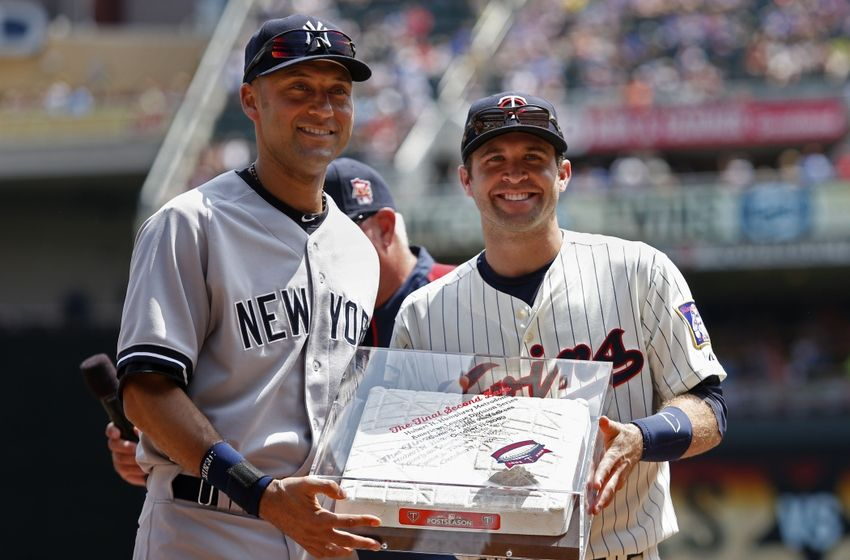 minnesota twins literally award derek jeter second base in