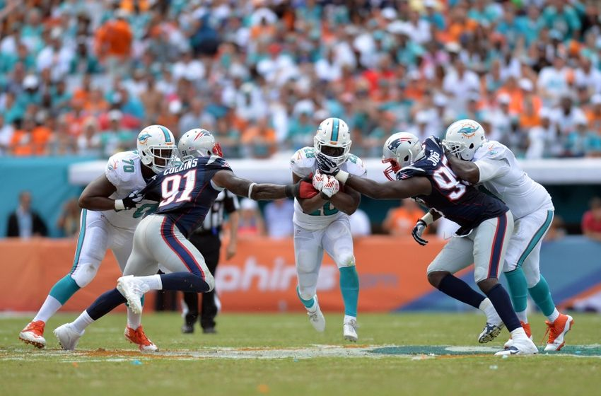 http://cdn.fansided.com/wp-content/blogs.dir/229/files/2014/09/jamie-collins-knowshon-moreno-chandler-jones-nfl-new-england-patriots-miami-dolphins1-850x560.jpg