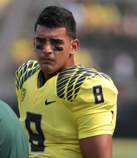 http://cdn.fansided.com/wp-content/blogs.dir/229/files/2014/09/marcus-mariota-ncaa-football-michigan-state-oregon3.jpg