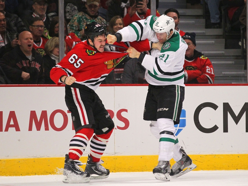 Nhl player rankings top five fighters in the nhl video for Interieur sport antoine roussel