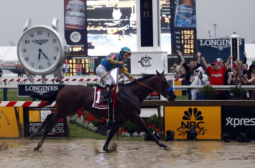 https://cdn.fansided.com/wp-content/blogs.dir/229/files/2015/05/victor-espinoza-american-pharoah-horse-racing-140th-preakness-stakes6-850x560.jpg