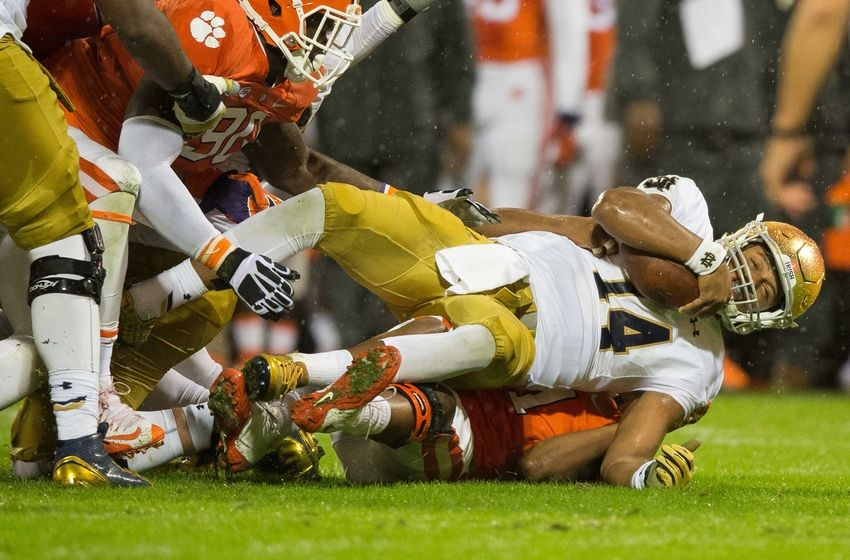 what is the notre dame football score college football on today