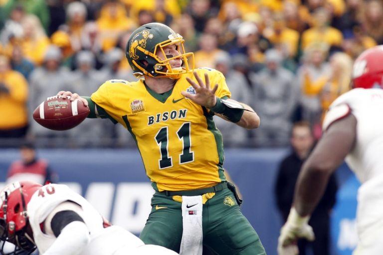 Eagles Select Carson Wentz Draft Grade