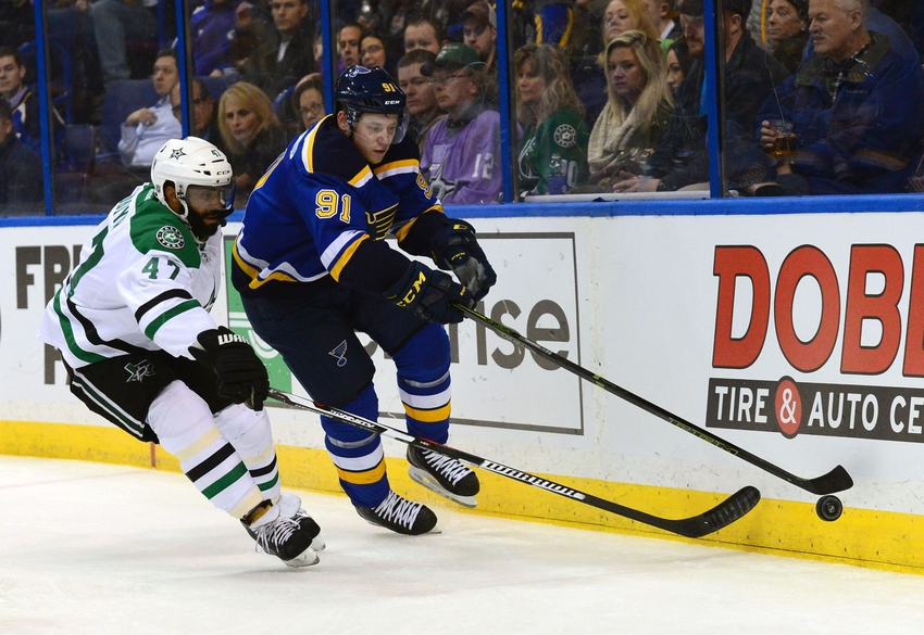 Tarasenko scores at 3:24 of OT to lift Blues past Stars