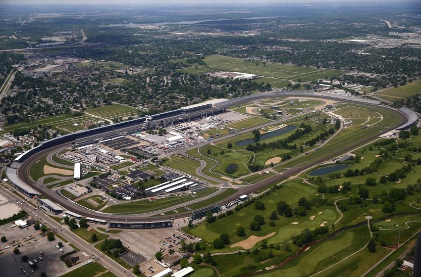 Indy 500 how long is indianapolis motor speedway for Indianapolis motor speedway indianapolis in