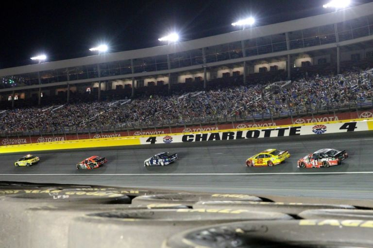 Nascar all star race 2016 how long is charlotte for Race at charlotte motor speedway