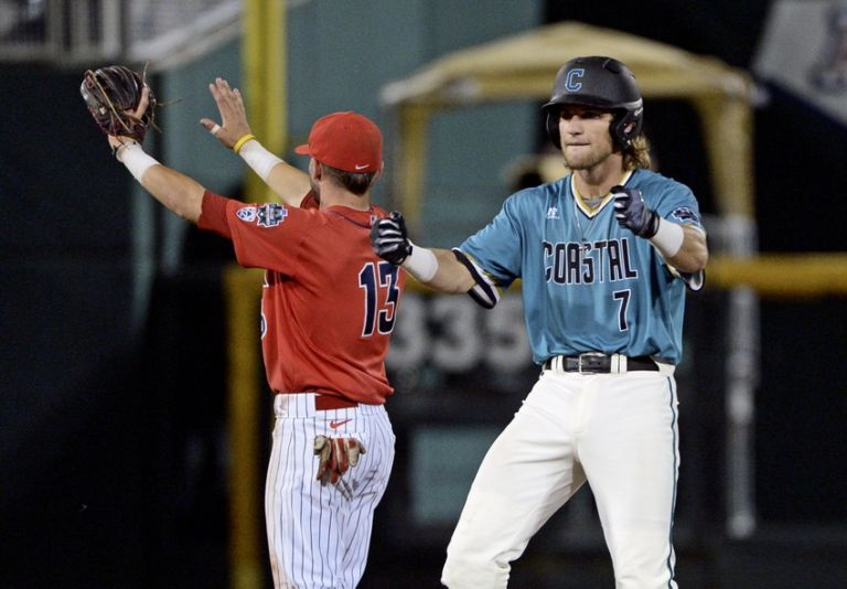 coastal carolina vs arizona game 3 live stream watch