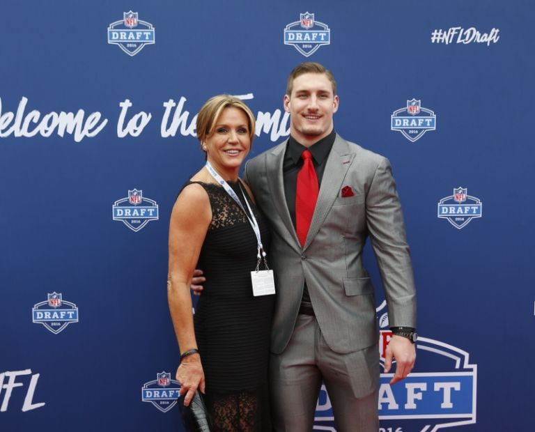 Joey Bosa's mom keeps up criticism of San Diego Chargers